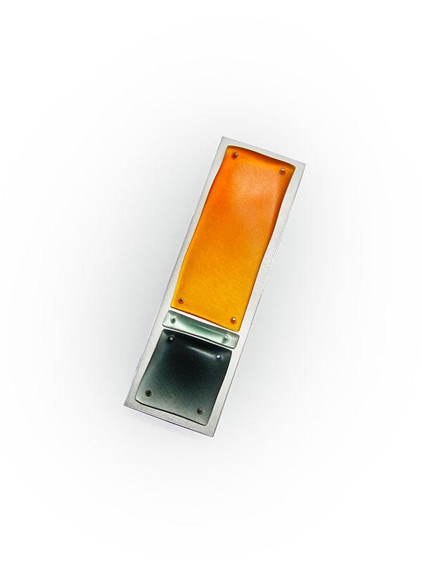 Brosche, geschliffenes Acryl, 925/000 Silber, 25 x 67 mm